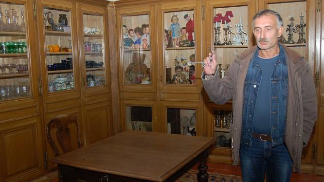 NOVÝ OKRUH představí v nové sezoně návštěvníkům zázemí zámecké kuchyně.  Kastelán Jan Rosendorfský láká na více než tisíc vystavených exponátů.