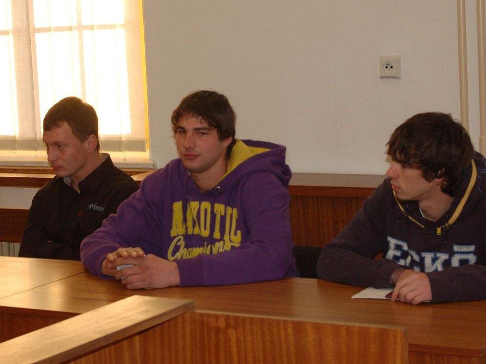Obžalovaní Josef Kapic, František Kramár a Robin Beneš
