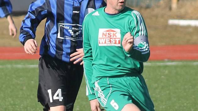 Z pohárového utkání mezi fotbalisty 1. FC Horšovský Týn a Slavoj Stod.