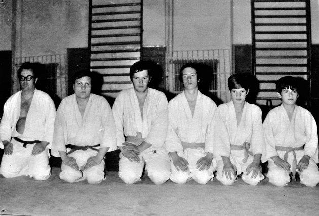 Zakládající členové – Petr Radoš, ? , Josef Soušek, Petr Suchý, Leopold a Ludvík Lichtenbergovi.