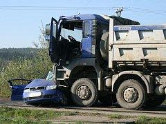 Smrtelná dopravní nehoda u Meclova.
