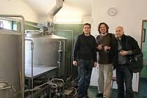 Zástupci americké firmy Shelton si koutské pivo nemohli vynachválit.