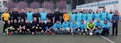 Fotbal pro dobrou věc. SG Jiskra Domažlice se v charitativním utkání střetla s All Stars Chodsko.
