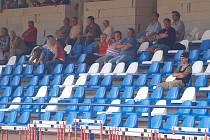 Před sezonou byla hlavní tribuna na domažlické Střelnici osazena novými sedačkami v klubových barvách.