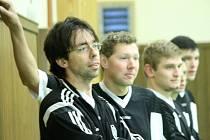 Kdyňané si zimní přestávku zkrátili účastí na turnaji Futsal Cup II. Vpředu je Michal Kratochvíl.