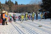 96. ročník Chodské třicítky se mohl díky výtečným sněhovým podmínkám konat na louce v Caparticích.