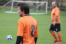 Fotbalisté Sokola Blížejov si připsali první bod v nové sezoně III. třídy domácí remízou 3:3  se Sokolem Chodská Lhota.