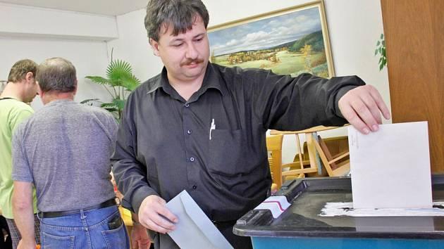 Volby v Otově.