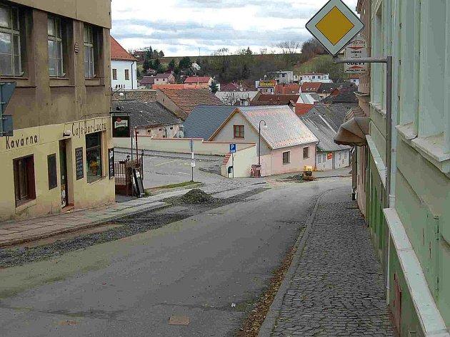 V této ulici mělo podle neoficiálních zpráv dojít k vraždě