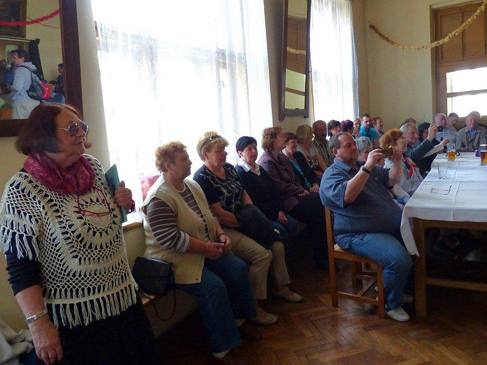Z uvítání po 69 letech a besedy s americkými válečnými veterány v Pasečnici.