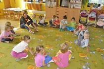 Mateřskou školu v Chodské Lhotě navštěvuje 26 dětí.