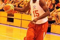 Z přátelského utkání basketbalistů Jiskry Domažlice a výběru amerických univerzit.