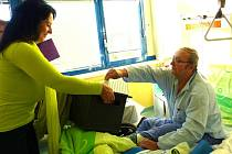 Druhý volební den měli možnost využít k předání svých hlasů do přenosné urny ti, kteří jsou hospitalizováni v Domažlické nemocnici.