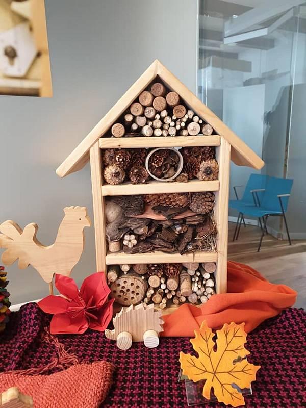 Vystavené výrobky ze dřeva. Foto: Jana Buriánková