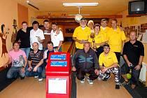 Superfinále mezi vítězi Kdyňské a Domažlické bowlingové ligy vyhrál tým kdyňských Seniorů, kteří ve dvou zápasech porazili Karpem.