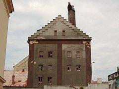 V první etapě přestavby domažlického pivovaru bude zrekonstruován tzv. Hvozd.