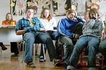 Základní škola v Klenčí pod Čerchovem je jednou ze sedmi škol v domažlickém okrese, které se zapojily do cyklu besed o holocaustu.