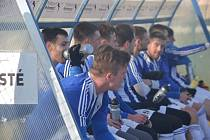 Třetiligoví fotbalisté Jiskry Domažlice v sobotu sehráli v Plzni předposlední utkání v rámci zimní přípravy na jarní část České fotbalové ligy. Porazili v něm divizní SK Petřín vysoko 7:2.
