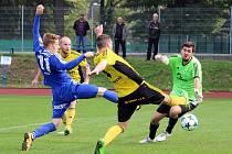 Fotbalisté Jiskry Domažlice v neděli dopoledne narazili na nováčka soutěže z Ústí nad Orlicí.