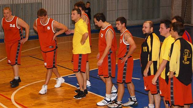 Basketbalisté BK Karpem Holýšov