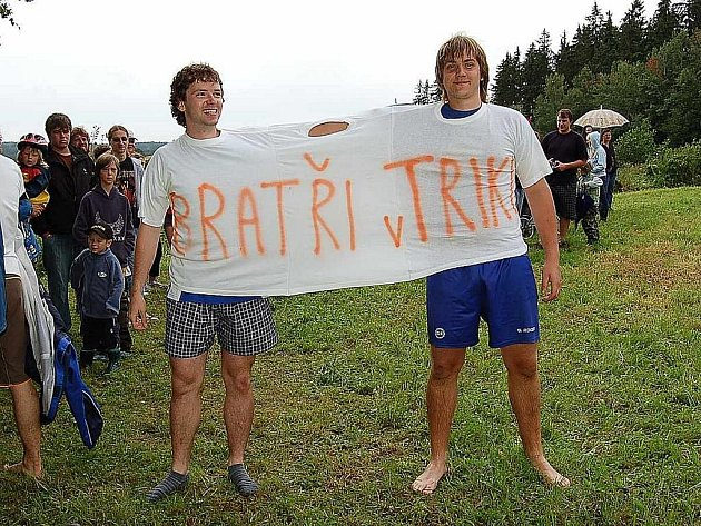 Tito Bratři v triku Milaveckej triatlon nevyhráli.