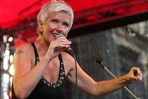 Irena Budweiserová zazpívá v sobotu v Domažlicích a v neděli v Horšovském Týně.
