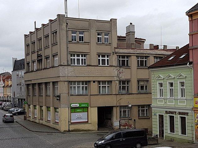 Dnešní podoba dřívějšího hotelu Chodský dům.