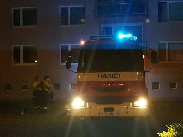 Na místě zasahovaly tři jednotky hasičů.