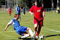 Z turnajového utkání fotbalistů Sokola Postřekov a Tatranu Chodov.