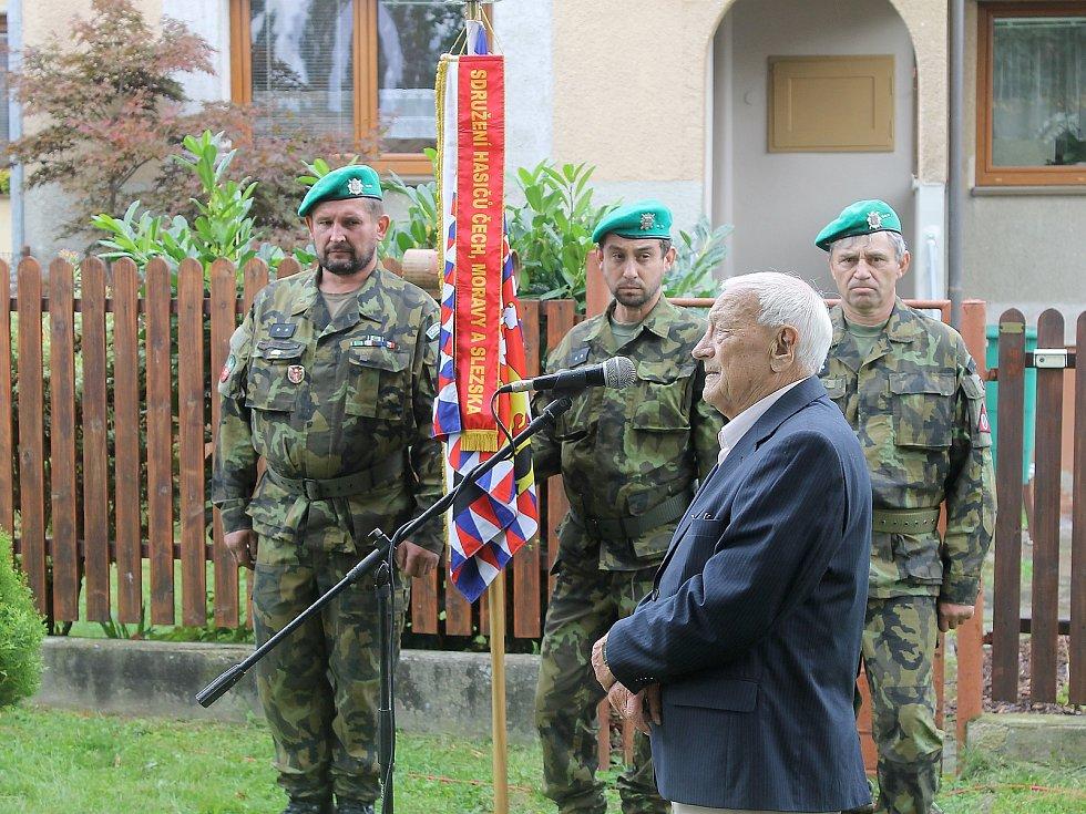 Pietní akt připomínající postřekovského rodáka, válečného hrdinu, politického vězně a exulanta Josefa Buršíka, od jehož narození uplynulo v sobotu 110 let.