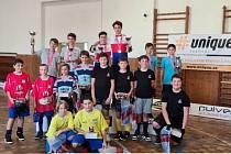 Dvojice SK Chodsko 1 (Knopp Matyáš – Šmíd Josef, ve žlutých dresech) a dvojice SK Chodsko 2 (Knopp Jiří – Švec Vojtěch, v červených dresech).