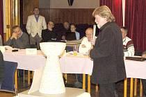 V listopadu 2012 představil sochař Václav Fiala maketu kalichu, který zaplní místo na podstavci na Baldově, v srpnu bude dílo slavnostně odhaleno.nost