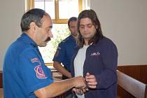 Petra Karbana poslal včera Okresní soud v Domažlicích na tři roky do vězení s ostrahou.