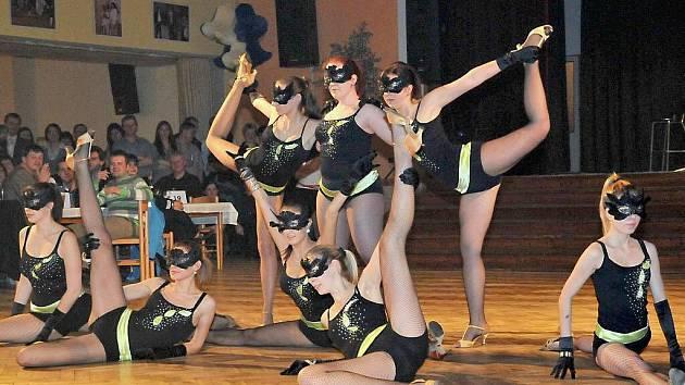 Sportovní ples v Holýšově.