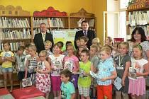 Pasování dětí na čtenáře.