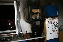 Takto skončila kuchyně, v níž se na pánvi vzňal olej.