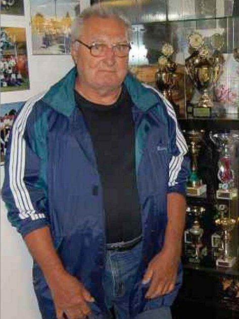 Jeden z nejstarších členů SDH Díly Jaroslav Blažek