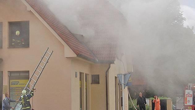 Požár domu v Břetislavově ulici.