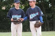 Úspěšní mladí baseballisté Wolfs Domažlice David Kolář a Daniel Kitzberger.
