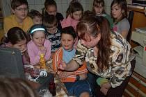Děti navštívily domažlické pracoviště Červeného kříže.