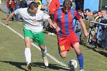 Kolovečský prezident Miloš Duchoň odehrál zápas za béčko v Klenčí a po přejezdu do Kolovče se po poločasové regeneraci na lavičce zapojil do zápasu divizního A mužstva Kolovče.