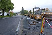 Z rekonstrukce silnice v horní části Klenčí.