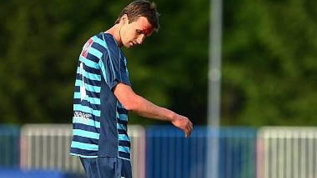 Arsenal přivezl bod z Kunic. ČFL je pro příští sezonu zachráněna   Arsenal zachránil Českou fotbalovou ligu po remíze v Kunicích.