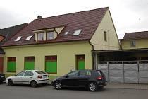 Drama se odehrálo kolem druhé ráno v sobotu v tomto domě v Havlíčkově ulici v Domažlicích.