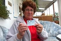 S POKUTOVÝM BLOKEM. Marie Fialová nám ukázala pokutový blok, na jehož základě zaplatila tři stovky.