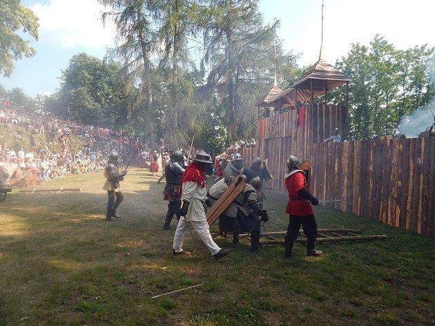 Dobývání hradu na svaté Anně u Horšovského Týna.