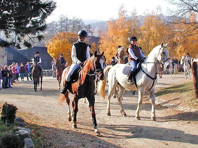 Hubertova jízda má ve Srvžně už letitou tradici.