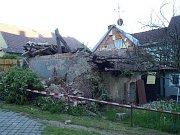 V Domažlicích se zřítila budova