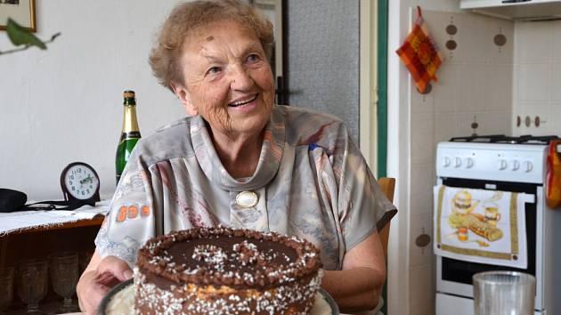 Vlasta Brunclíková v červenci oslavila 93. narozeniny.
