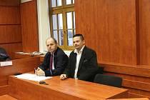 Obžalovaný René Bárta (vpravo) se svým obhájcem.